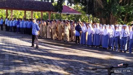 Upacara Memperingati Hari Pendidikan Nasional 2019 di Kecamatan Dlingo