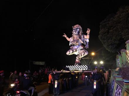 Karnaval Takbir Memperingati Hari Raya Idul Adha di Desa Terong