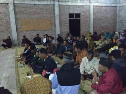 Sosialisasi Kepada Warga Untuk Simulasi Bencana di Desa Terong