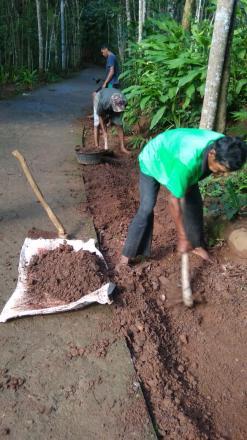 Kerjabakti Minggu Pagi Dusun Rejosari