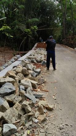 Pembangunan Talud di RT 05 Pedukuhan Pancuran