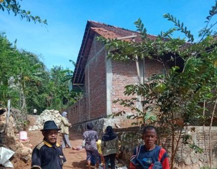 Pengerasan Jalan Pertanian, RT 01 Terong II
