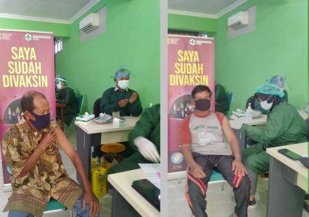 Vaksin Untuk Lansia Pedukuhan Pencit Rejo di Puskesmas Dlingo II