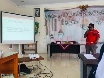 Pelatihan Pertolongan Pertama Gawat Darurat (PPGD) bagi Anggota PMI Dlingo dan Relawan Di Kapanewon