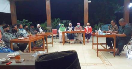 Pertemuan LINMAS Kalurahan Terong